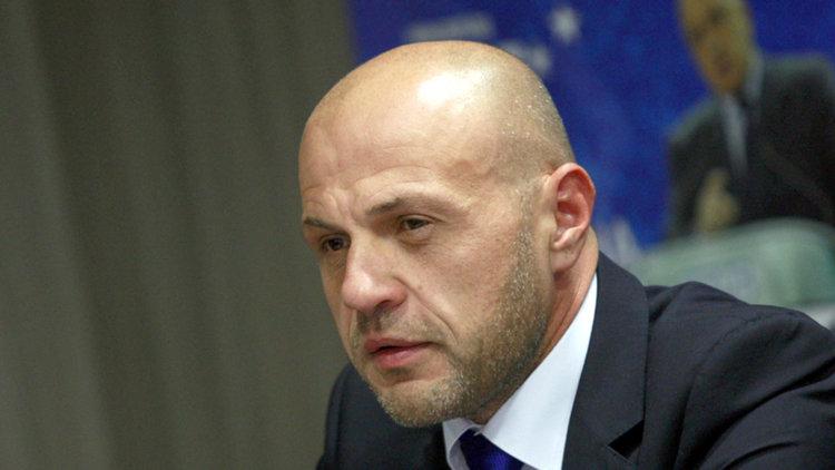 Дончев очаква руска хибридна атака по изборите
