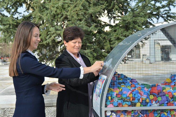 121 кг. капачки от металното сърце в Харманли отиват за купуването на кувьози