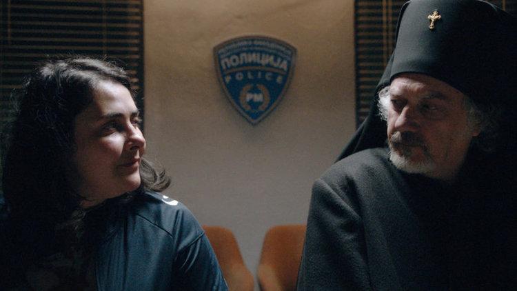 """Кадър от филма """"Господ съществува, името ѝ е Петруния"""" на живеещата в Брюксел македонска режисьорка Теона Стругар Митовска"""