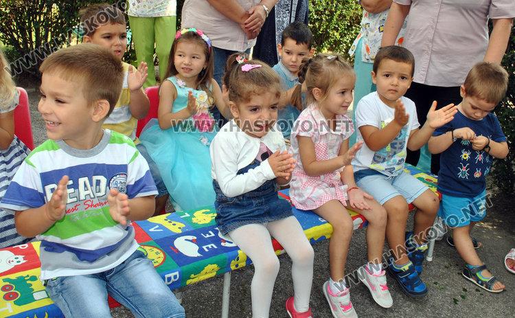 Детските градини, ясли и детската кухня в Раднево стават безплатни