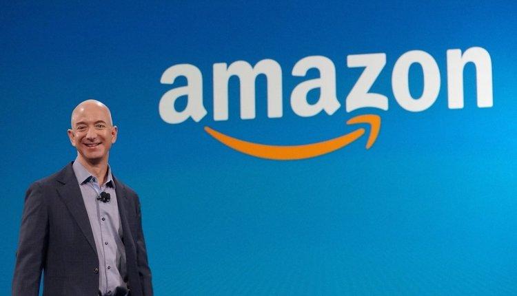 Как Amazon владее САЩ
