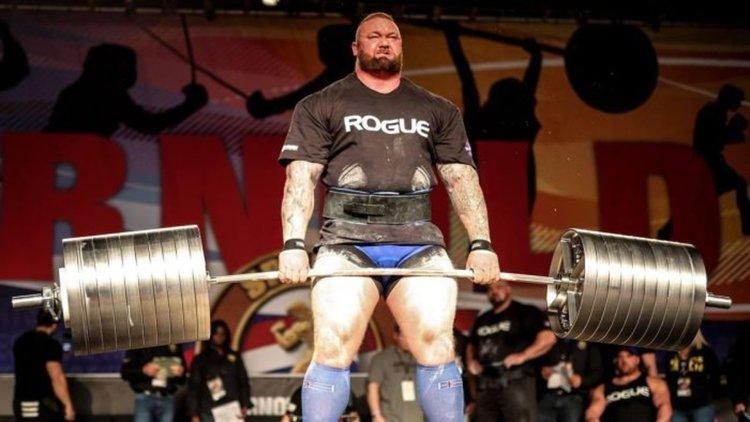 Хафтор Бьорнсон е най-силният в света, вдигна 474 кг (видео)