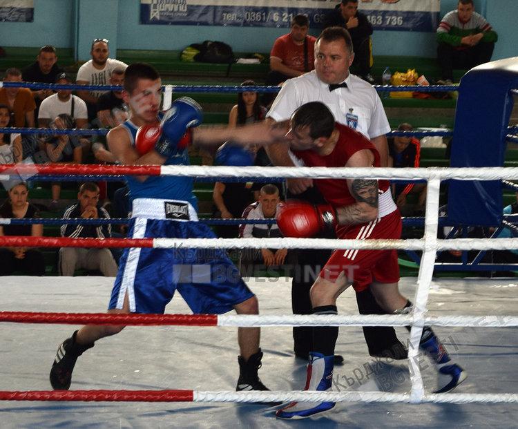Школата на бившия треньор на братята Пулеви участва на турнира в Кърджали