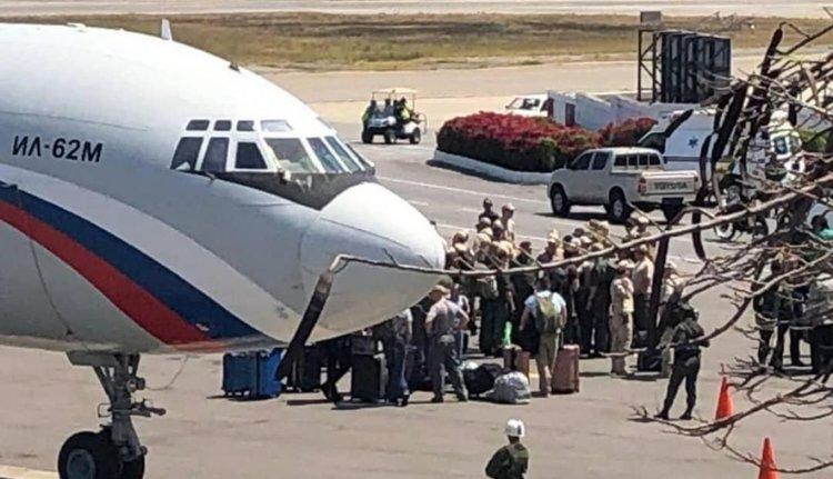 Руски военни пристигнаха във Венецуела