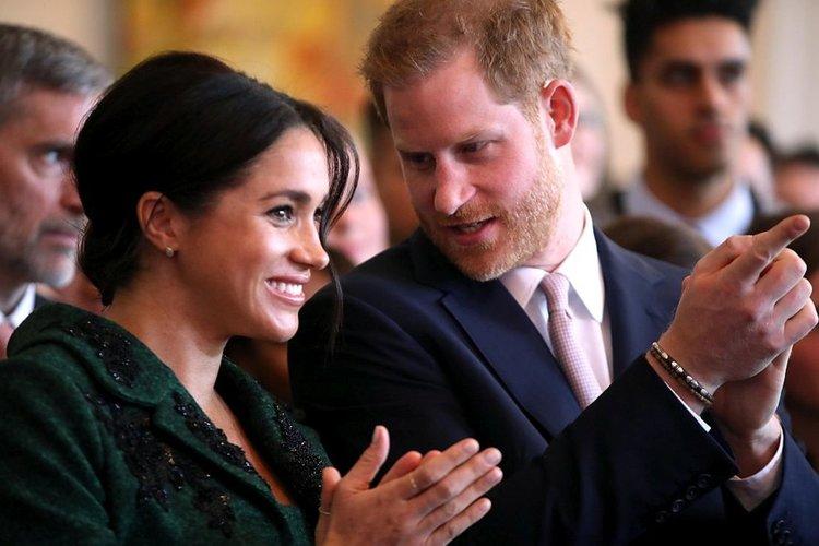 Принц Хари и Меган с романтична снимка в Инстаграм и призив към феновете си