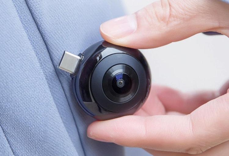 MADV Mini Panoramic Camera е мъничка и много лека, отличен аксесоар за смартфона