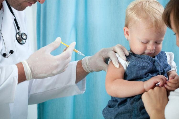 1 млн. българи смятат, че  ваксините не са безопасни