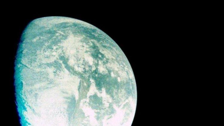 Камерата на инж. д-р Петко Динев изпрати снимки от Луната