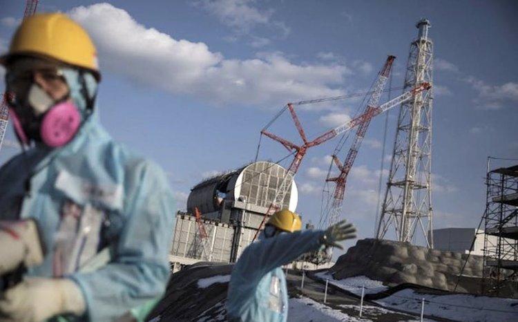"""Започват изваждането на атомно гориво от АЕЦ """"Фукушима"""""""
