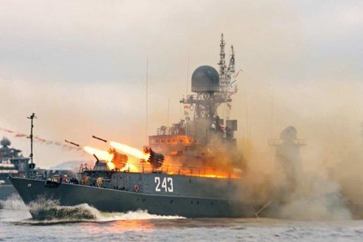 Русия внимателно следи НАТО в Черно морe