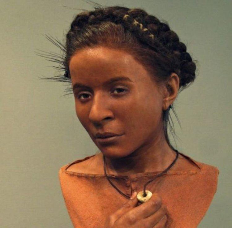 Лицева реконструкция на неолитна жена от Съсекс. Реконструкцията е изложена в Royal Pavilion & Museum в Брайтън.