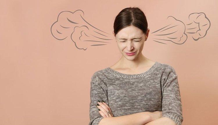 Езикът на тялото: Кога жената е ядосана?