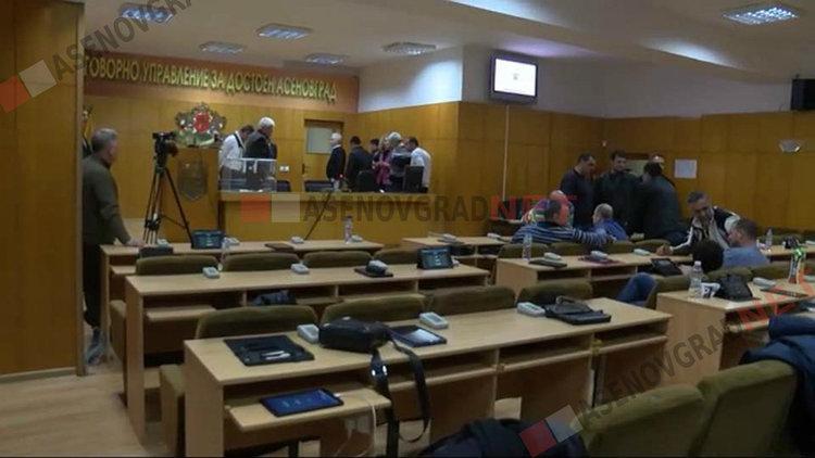 """Съветниците решават кой да бъде удостоен със званието """"Почетен гражданин на Асеновград"""""""