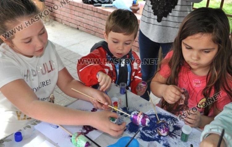 Общината кани децата на Хасково да боядисват Великденски яйца