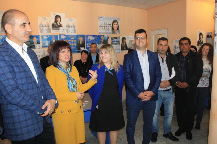 Цветан Цветанов в Черноочене : Евроизборите  са тест за стабилността на управлението