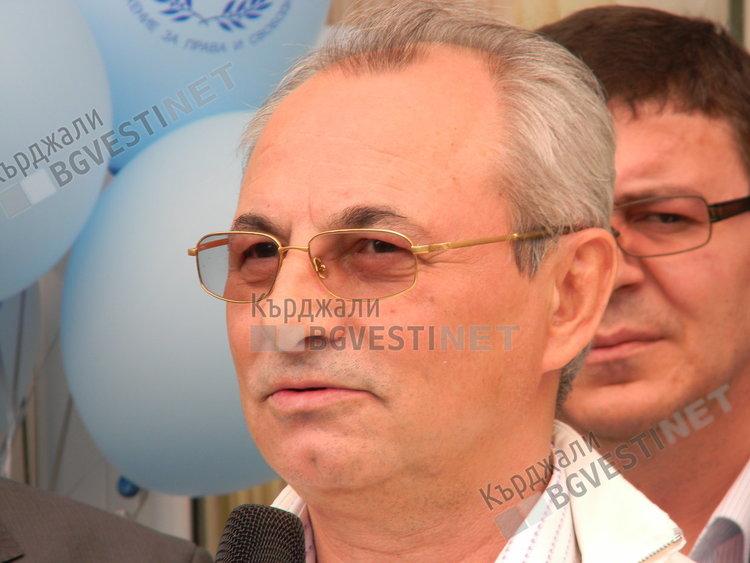 Ахмед Доган: ДПС винаги е залагало на младежта и бъдещето!