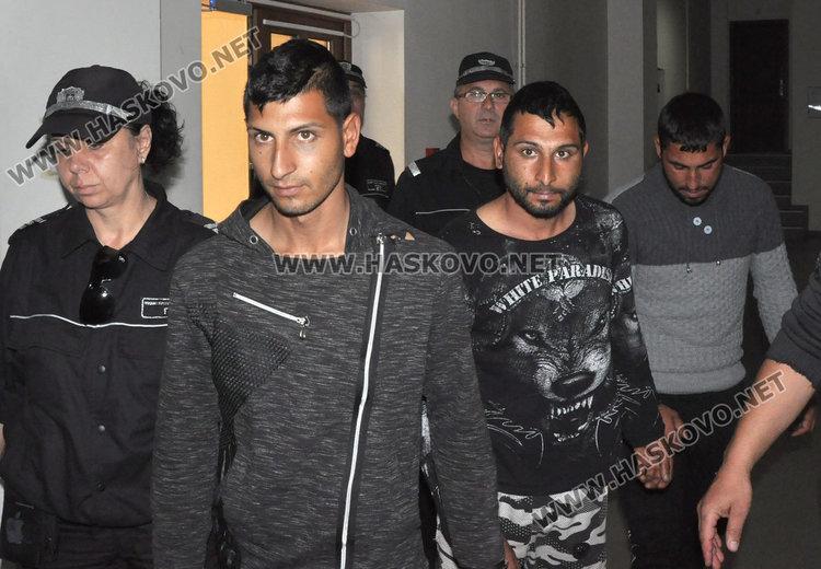 Постоянен арест за ромите, били и ограбили старец в Узунджово