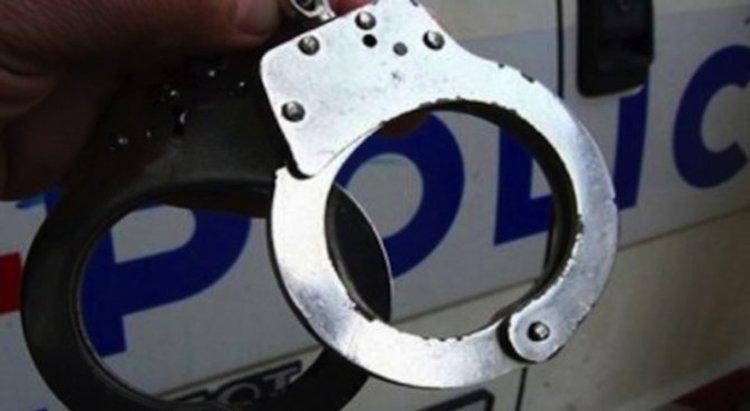 Младеж и непълнолетен са задържани за опит за кражба на гориво