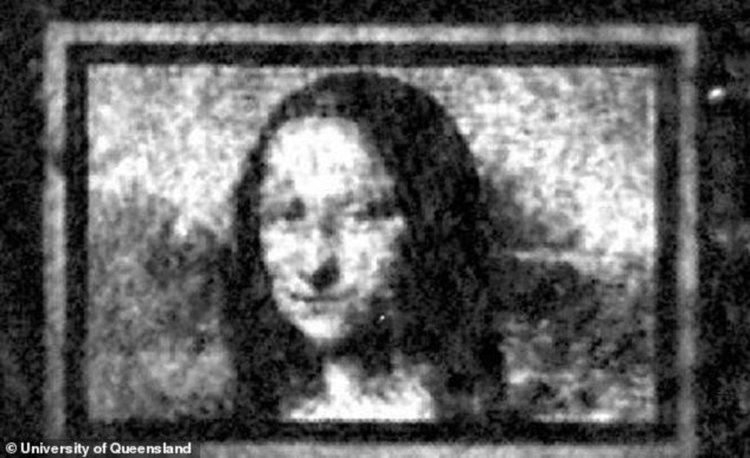 Създадоха микроскопична Мона Лиза върху квантово платно с ширина един човешки косъм