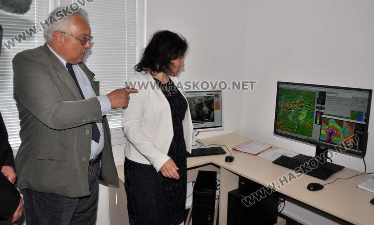 Бранят 1.1 млн. дка земеделски земи в Хасковско с противоградни площадки