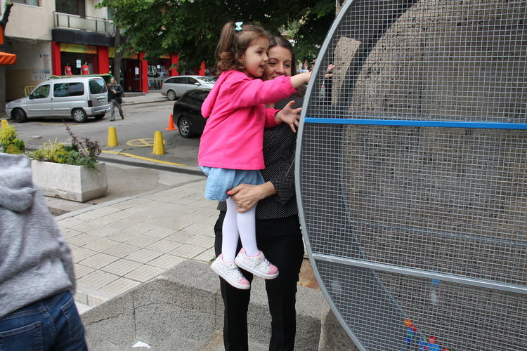 """""""Голямо сърце"""" в Хасково за събиране на капачки за благотворителност"""