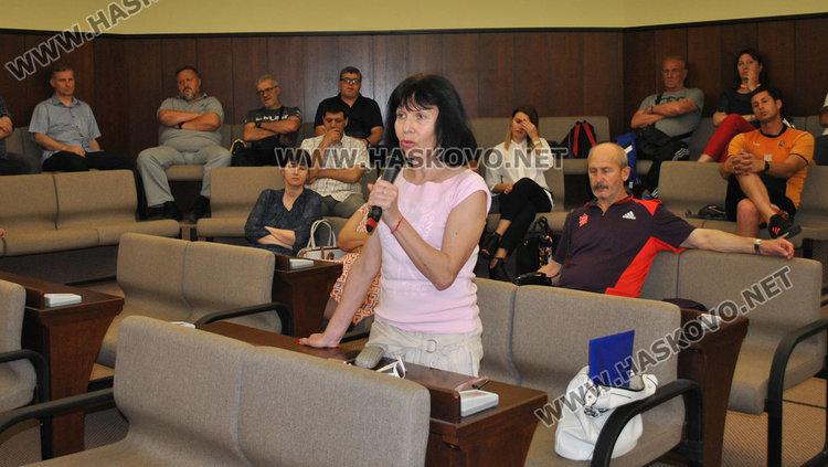 """Хасковската общественост """"за"""" ремонт на спортните бази с кредит"""