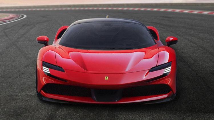 Първият хибрид на Ferrari е най-бързият автомобил на марката досега