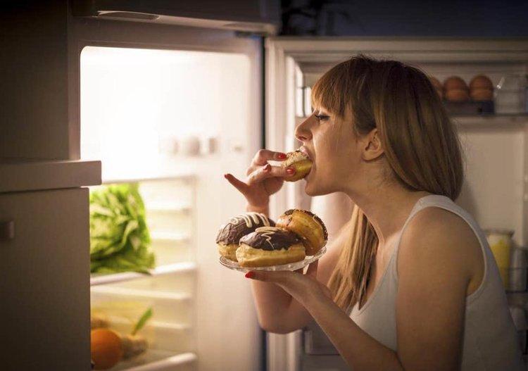 Как да се справите с пристъпа на глад за определени храни