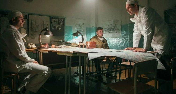 Москва отвъща на удара: Снима политкоректен клонинг на сериала Чернобил (трейлър)