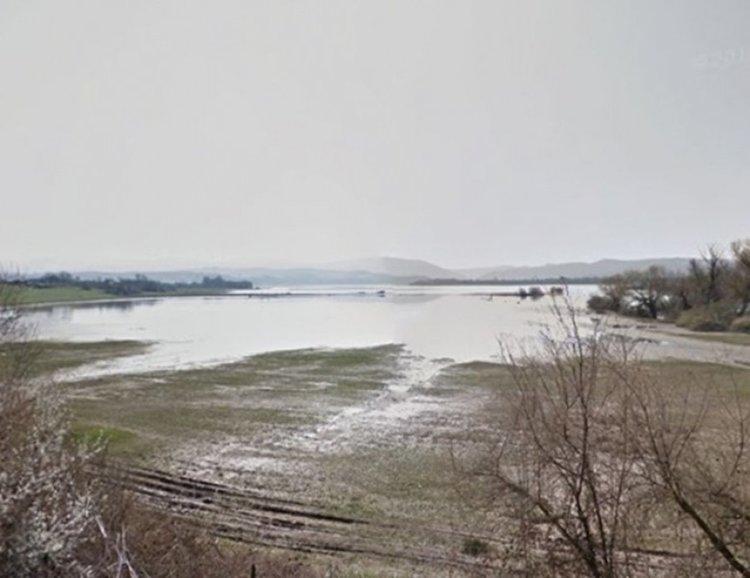 Рибар изчезна в язовир Ивайловград, издирват го