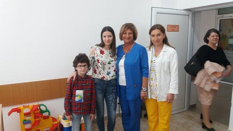 Учениците от Смолян направиха дарение за детското отделение в областната болница