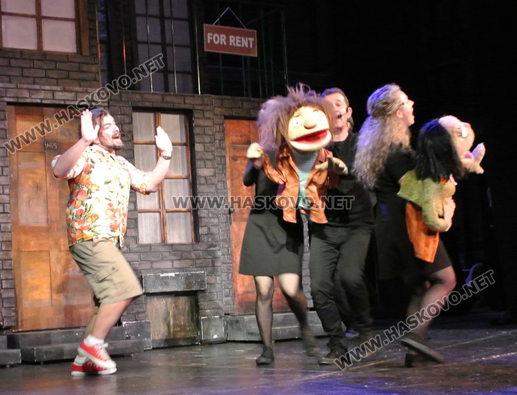 """""""Театър, обичам те!"""" с благотворителна кауза за млади таланти"""