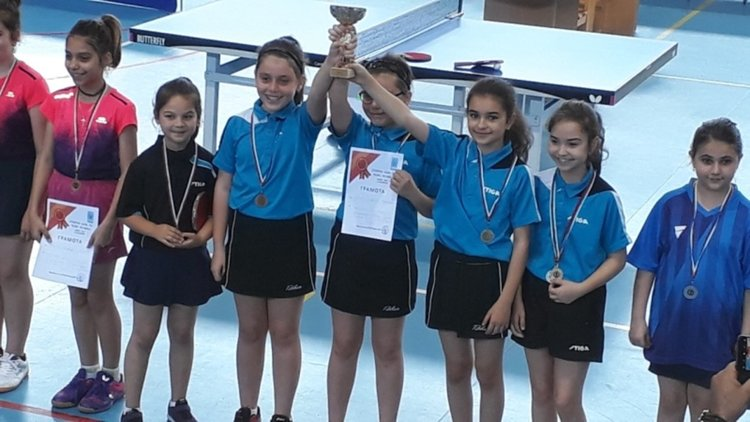 """Момичетата на СКТМ """"Родопи"""" станаха шампиони на България"""