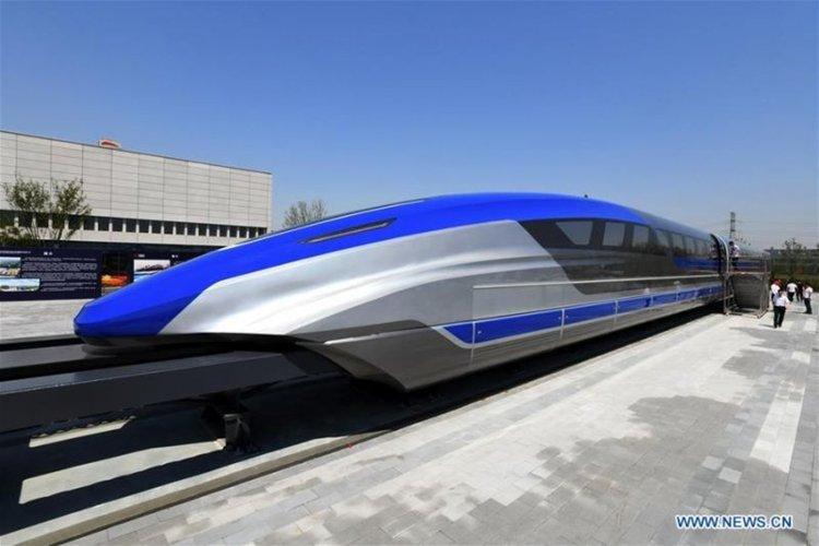 """Рекордите на Гинес! Китай пуска влак, който ще """"лети"""" по-бързо от самолет"""