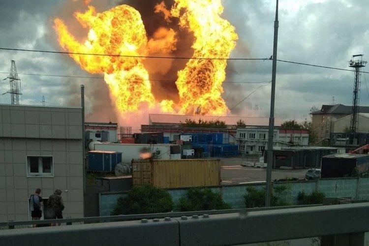 Един загинал и 13 обгорени при пожар в ТЕЦ край Москва (ВИДЕО)