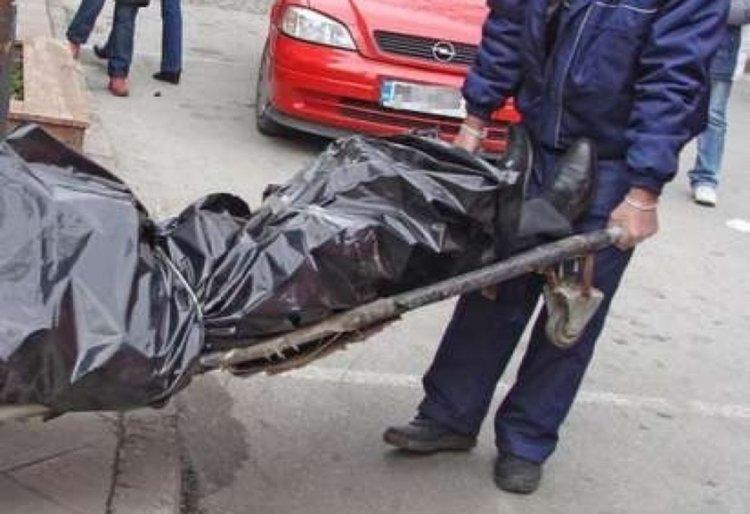 Жена загина при тежка катастрофа край Лясково, синът ѝ бере душа в болницата