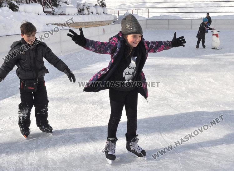 Живакът скача до 14 градуса в Хасково, март остава хладен