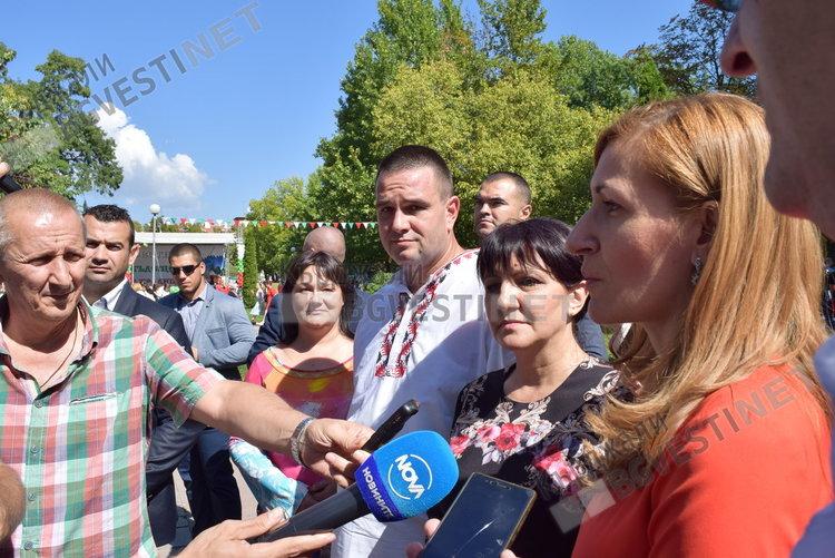 Министър Ангелкова в Кърджали: Фестивалите допринасят за повишаване на интереса към пътуванията във вътрешността на страната