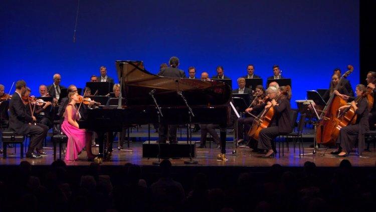 Дете гений композира концерт за пиано на 12 години (видео)
