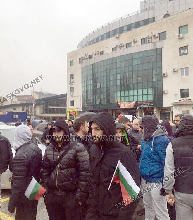 Протестно автошествие тръгна от Хасково към Свиленград