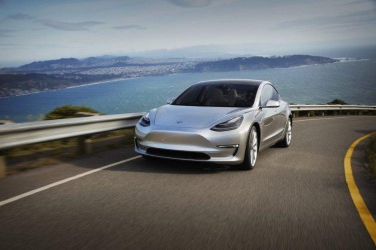 """""""Tesla"""" вече има разрешение да продава Model 3 в Европа"""