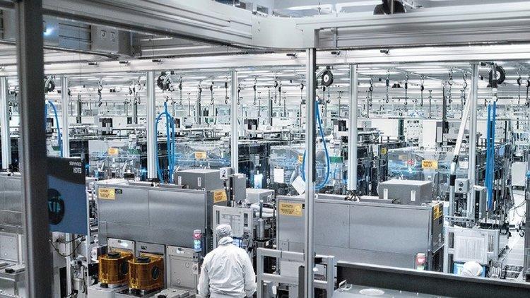 Intel ще се справи с недостига на процесори по-скоро