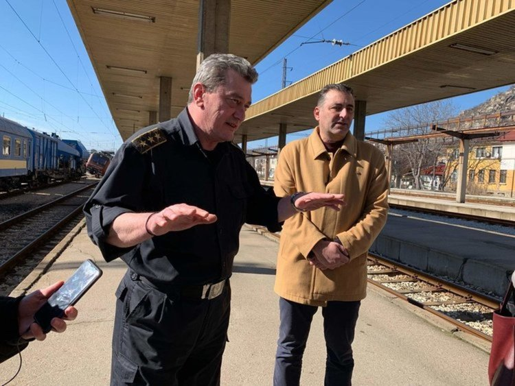 Локомотивът от Хитрино водил дерайлиралия влак в Пловдив