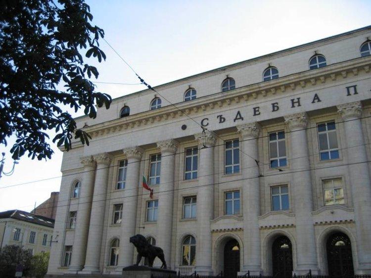 Прокуратура повдигна обвинение на кмета на Златица за длъжностно присвояване на над 1 милион лева