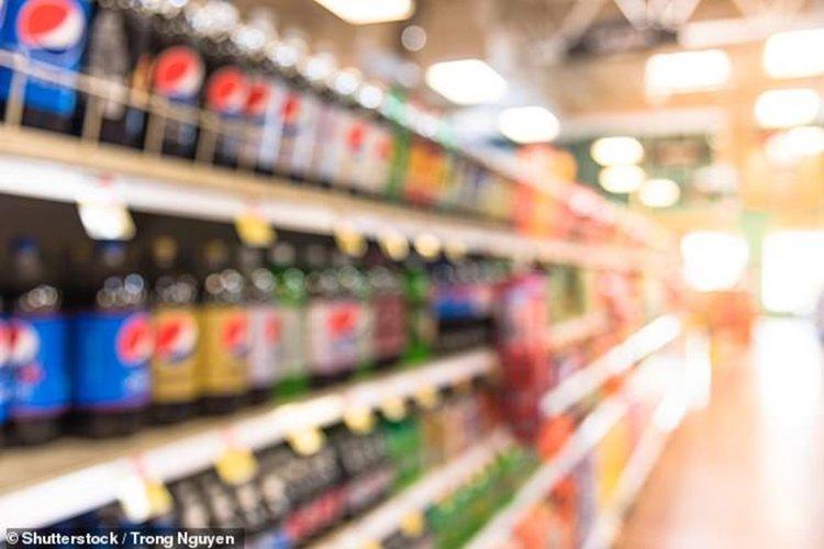 Ракът на червата се храни от сладките напитки, твърдят учени