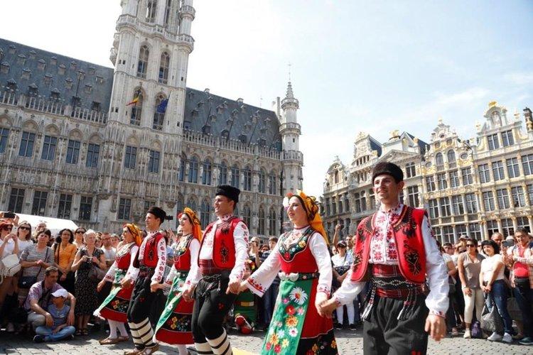 Голямото българско хоро в Брюксел тази година е на Великден