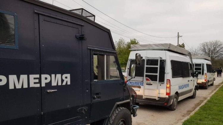 Жандармерия нахлу в ромския квартал в Горна Оряховица