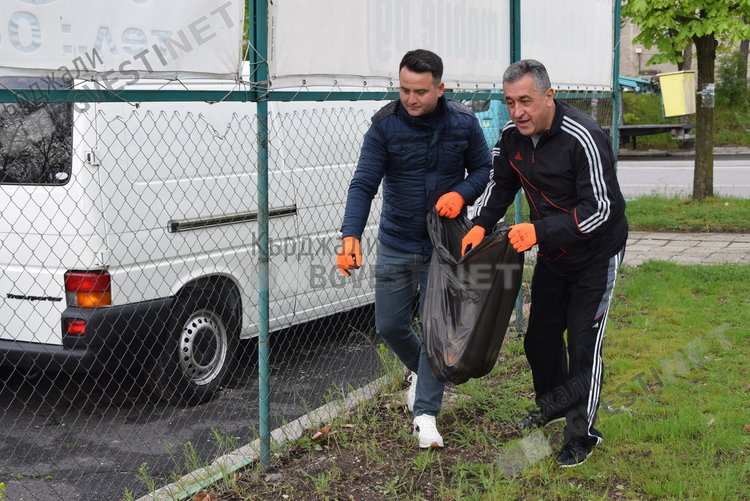 """Кърджалийци бойкотираха кампанията """"Кърджали-чист и красив"""", позитивен пример дадоха  общинските съветници"""