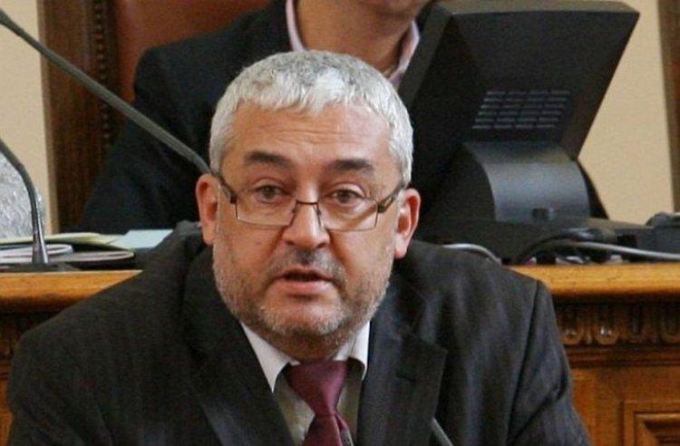 Адв. Василев: Законопроектът за авторското право цели да унищожи малките и средни платформени оператори