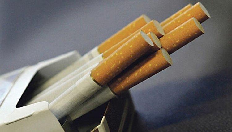 Цигарите поскъпват с 20 стотинки на кутия